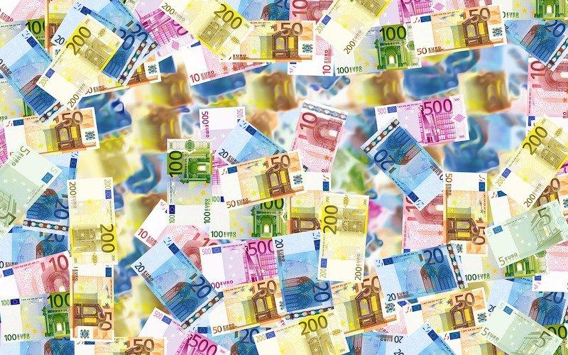 Adviser fees - money bills expat finance